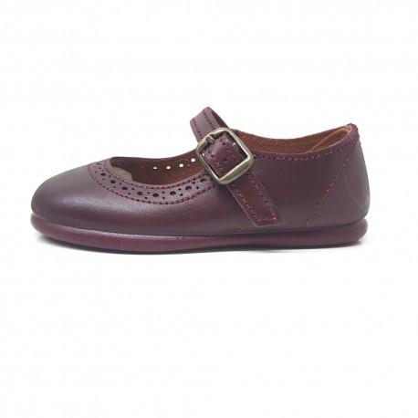 Zapatos  merceditas de piel burdeos